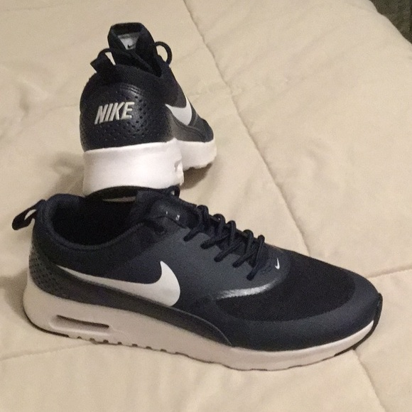 Nike Air Max Thea Navy Blue Size 9